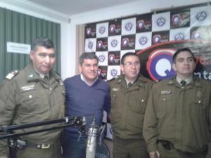 Sub oficial mayor Jose Reyes y Equipo